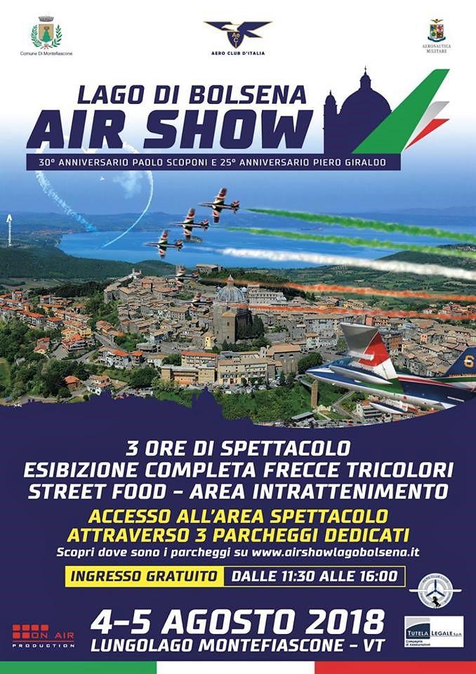 Air show con Frecce Tricolori sul lago di Bolsena