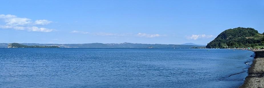 Isola Bisentina e monte Bisenzio