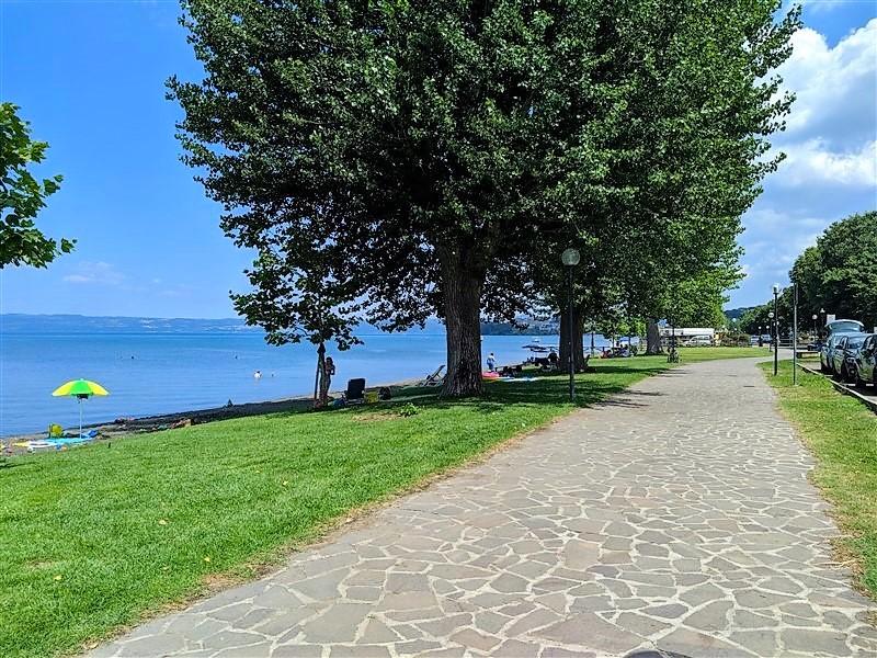 Lungolago di Capodimonte, lago di Bolsena
