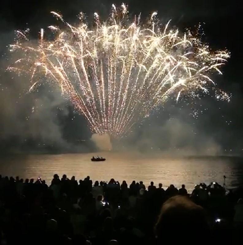 Fuochi d'artificio a Capodimonte sul lago di Bolsena