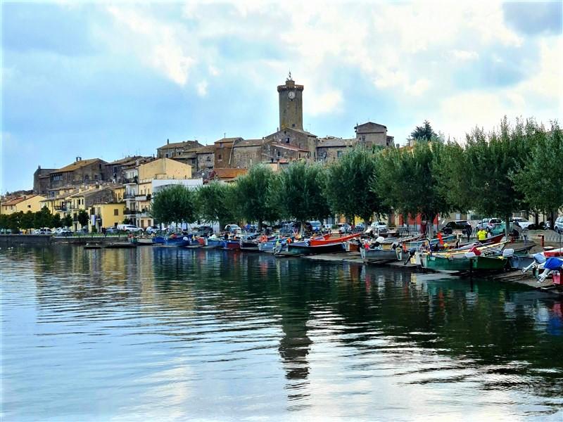 Marta (VT) e il lago di Bolsena