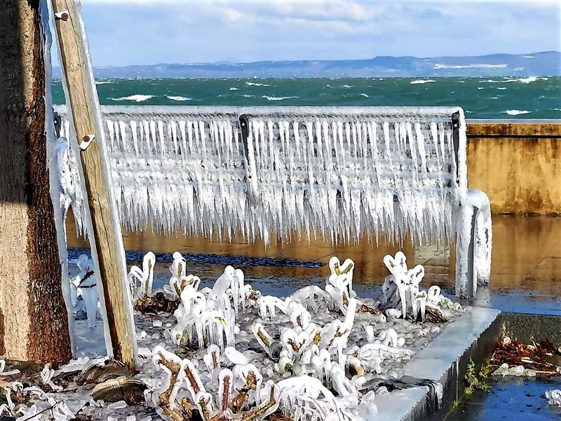 Lagheggiata ghiacciata a Marta sul lago di Bolsena