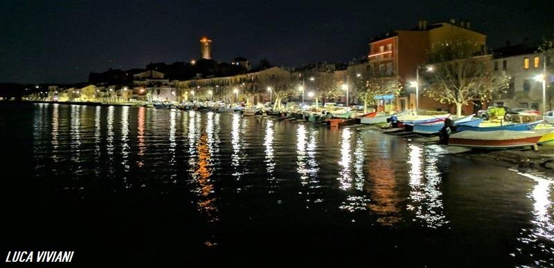 Marta e il lago di Bolsena di notte