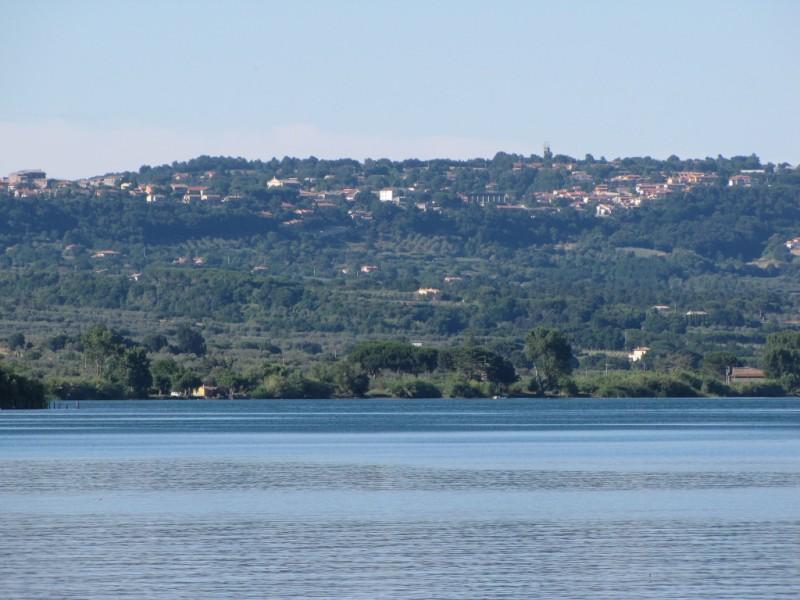 San Lorenzo Nuovo e il Lago di Bolsena